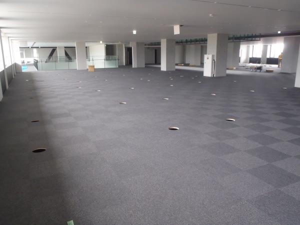 行政棟2階執務スペース.JPG
