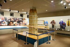 2-展示室1012-100.jpg