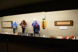 3-展示室1105-100.jpg