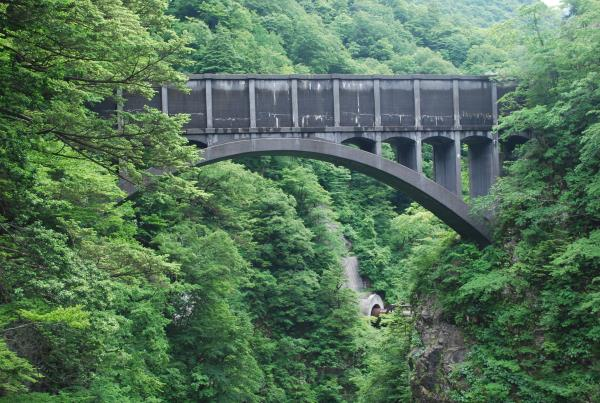 04跡曳水路橋●.JPG